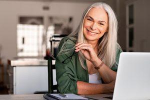 Atrofia vaginale post menopausa: cura ormonale o ringiovanimento vaginale?