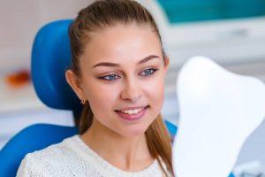 Sbiancamento e smacchiamento dentale: sapete la differenza?
