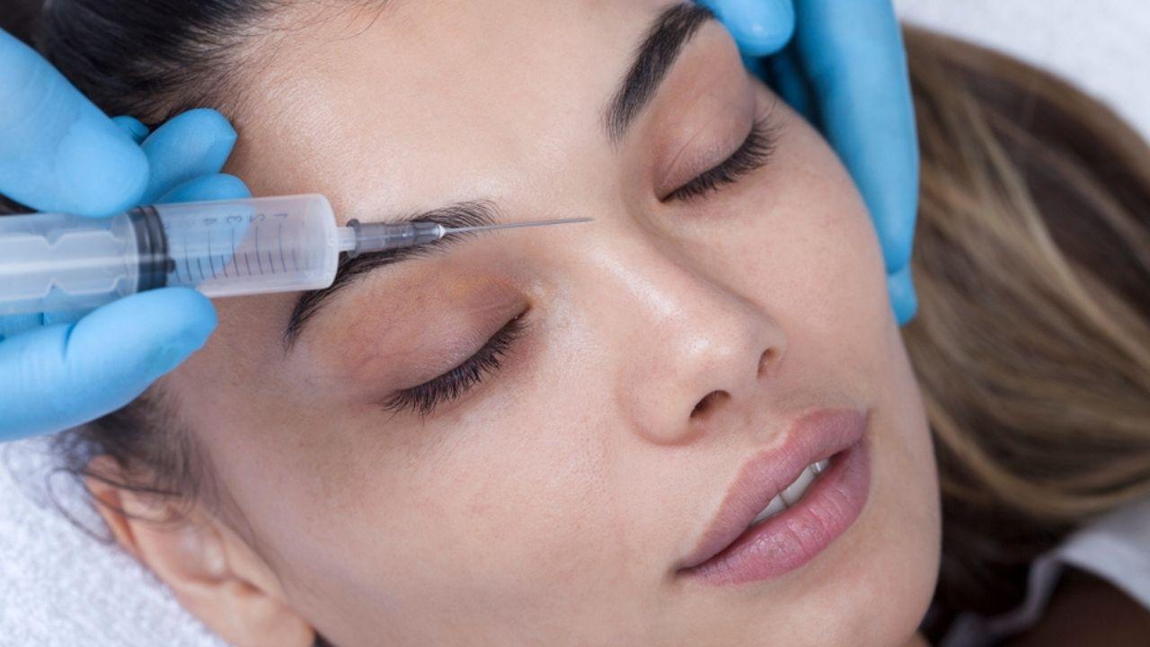 Ringiovanire il volto con il lifting non chirurgico